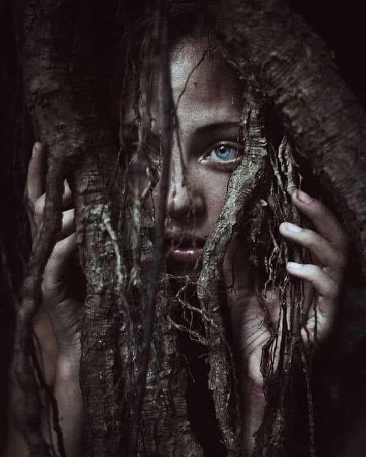 Isolati di Iris Bonetti~ Avril